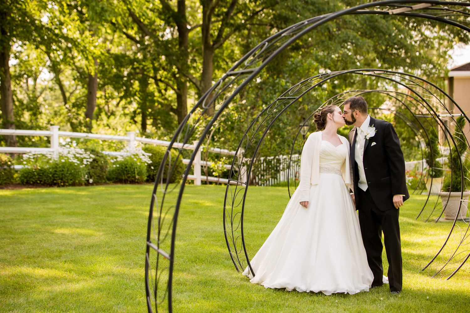 Lisa & Jonathan - Lake Pearl Wedding