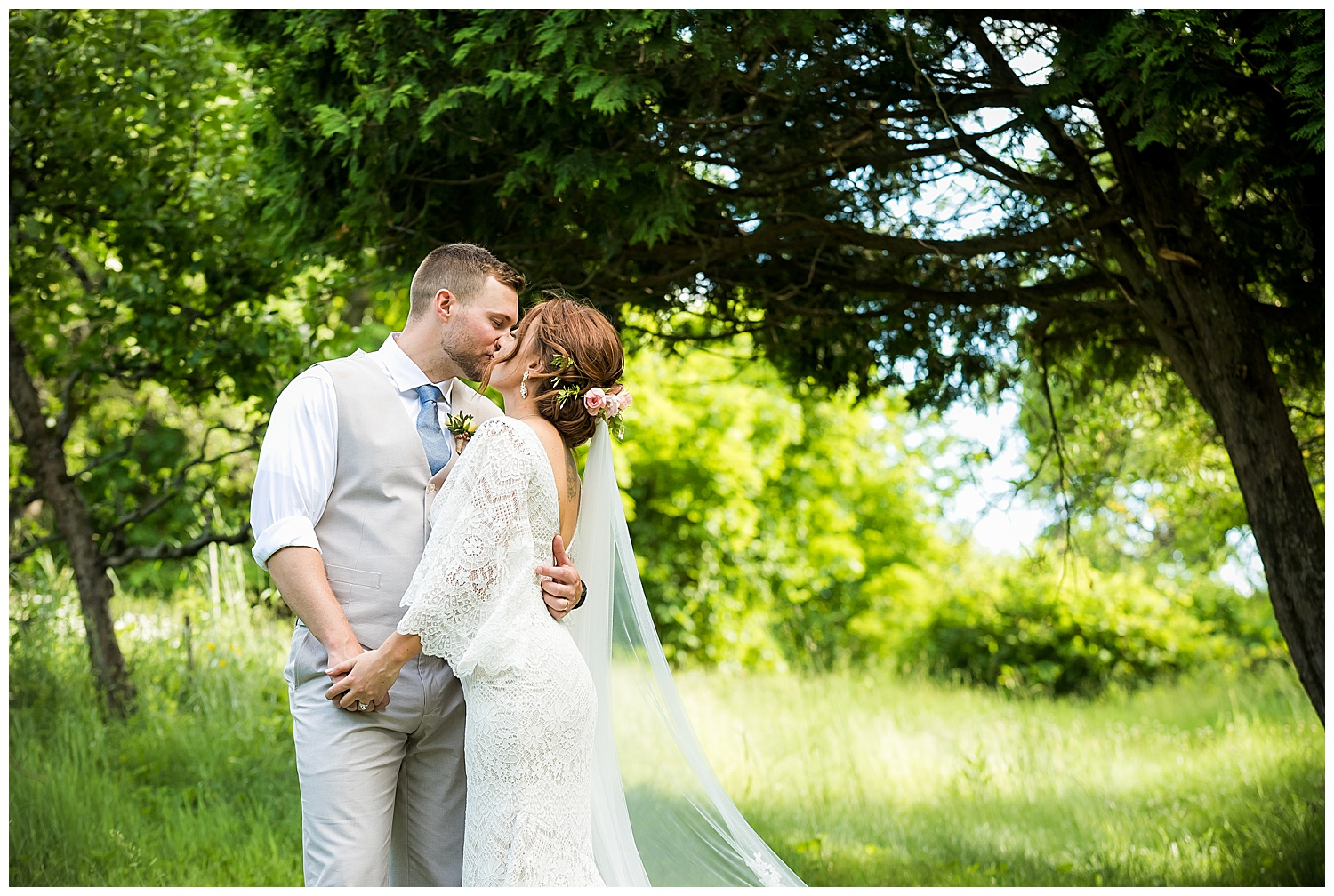 Deanna & Patrick – Valley View Farm Weddings