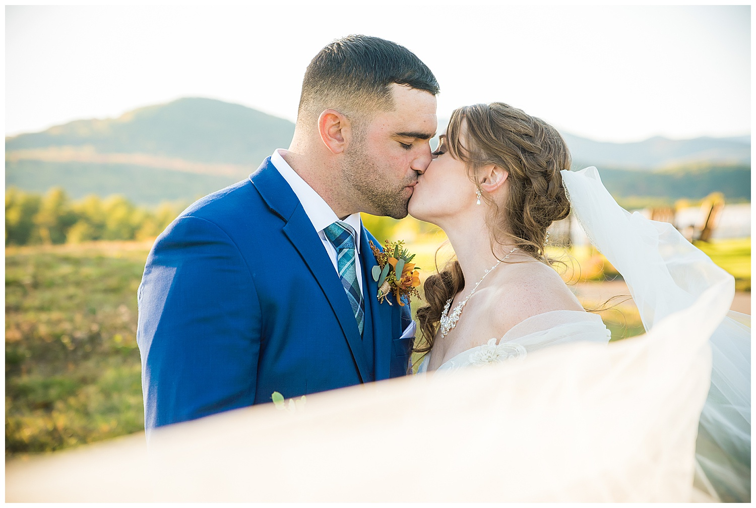 Emily & John – Owl's Nest Wedding in the White Mountains