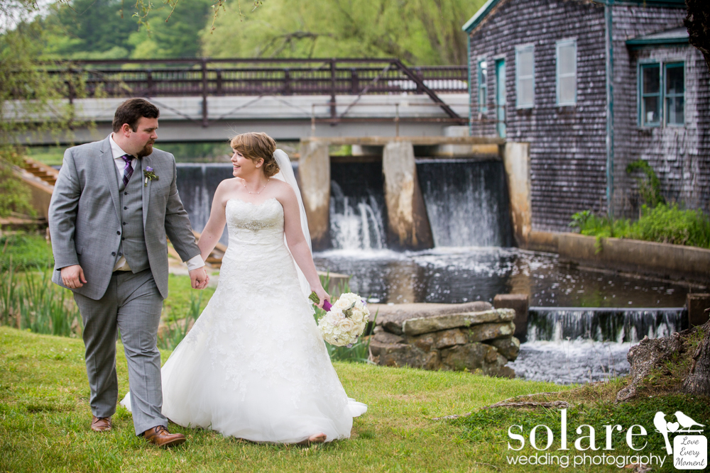 Jones River Trading Wedding Bride and Groom Portraits